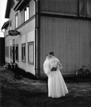 Brudparet Irma och Alvar Johansson, Arnäs 1956